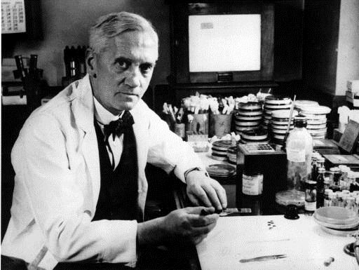 Alexander Fleming descubrió la penicilina