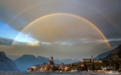 El Arcoíris : un evento natural de luz y color