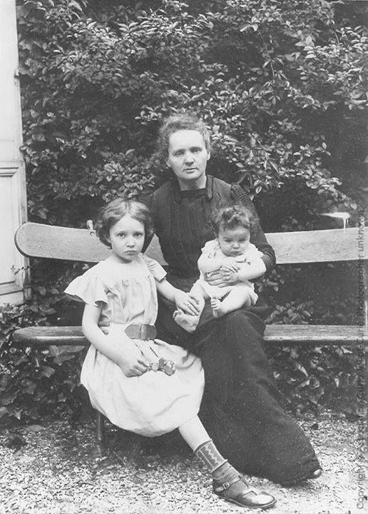 Marie Curie y hijos
